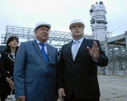 Monolitplast news A Gubernator Russvinil