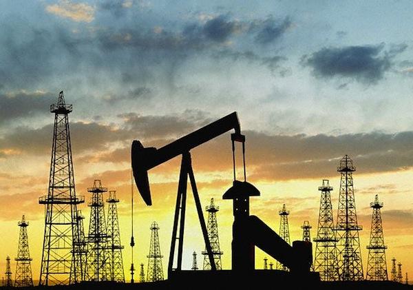 К концу года, Ирак планирует добывать около 3,5 миллионов баррелей нефти в сутки