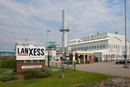 Компания Lanxess планирует продать часть своего бизнеса