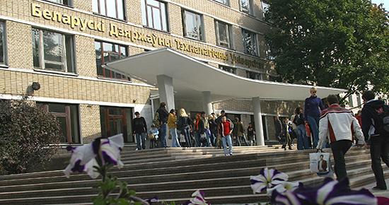 Белорусские ученые продвинулись в технологиях намотки и пултрузии армированных термопластов!