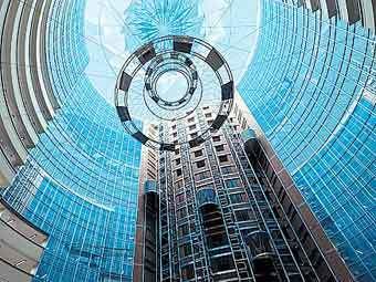 Впервые при строительстве ММДЦ «Москва-Сити» для остекления фасадов зданий используют разработки российского производителя.