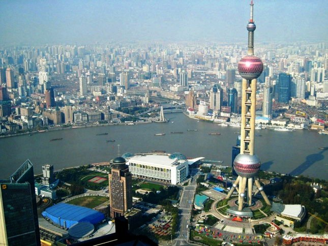 уникальные здания: Oriental Pearl tower - телевизионная башня в Шанхае