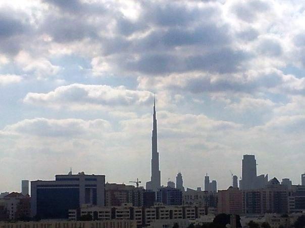 уникальные здания: Башня Бурж Халифа в Дубае