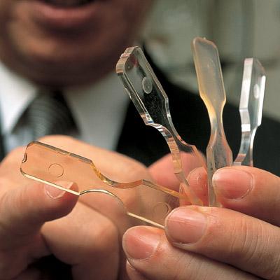 Ученые разработали самовосстанавливающийся пластик