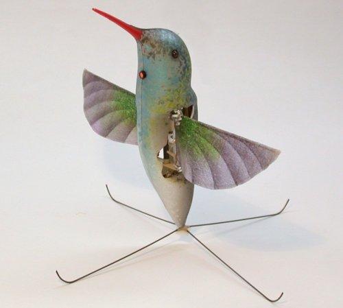 Новый миниатюрный робот шпион в виде колибри представлен компанией AeroVironment Unmanned Aircraft Systems