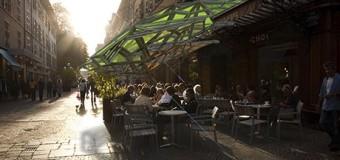 Солнечные навесы для курильщиков появятся во Франции