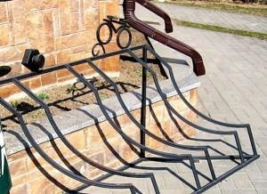 Глубокое в Ажуре - кованые велопарковки