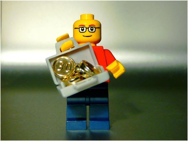 Lego инвестировала если кредит взял удо