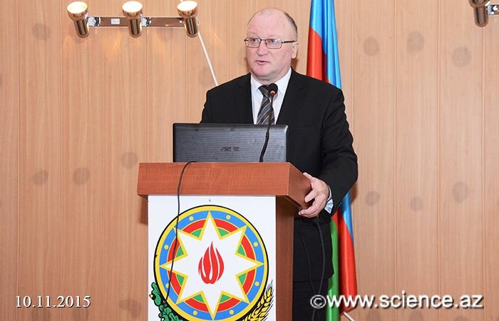 Беларусь и Азербайджан развивают сотрудничество - Выступление с докладом