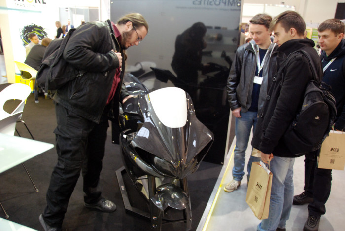 Kompozyt-Expo 2015 корпус мотоцикла из углеродного композита