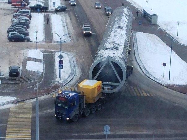 На Гродно Азот доставлена башня за 2,9 млн евро (фото)