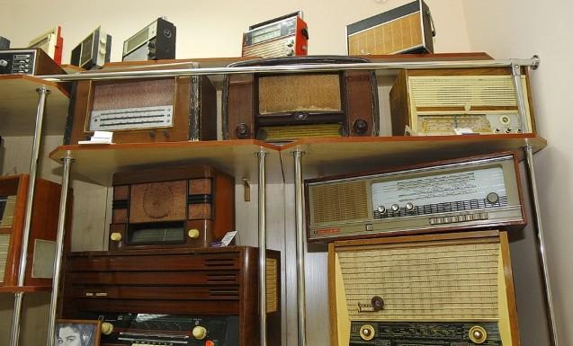 vintazhnyie-radio Житель Луцка собрал более сотни винтажных радио