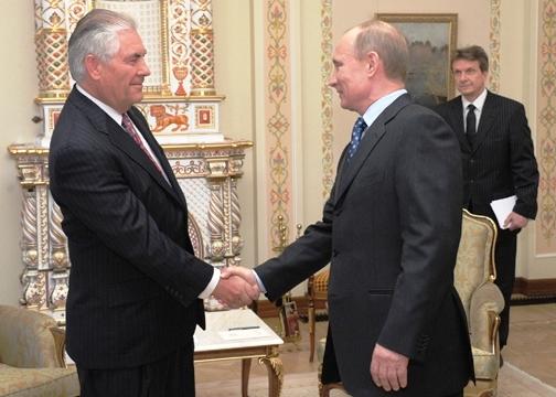 Рекс Тиллерсон, новый Государственный секретарь Соединенных Штатов Америки при президенте Дональде Трампе, имеет в своем активе российскую награду – Орден Дружбы