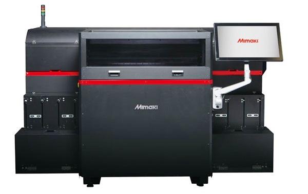 Цветной фотополимерный 3D-принтер с гигантским количеством оттенков в палитре представлен японской компанией Mimaki. Фото, видео, подробности