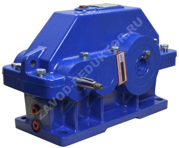 цилиндрический мотор редуктор– это специализированный промышленный механизм, который служит для передачи вращения между валами в параллельных плоскостях