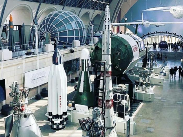 центр Космонавтика и авиация открылся на базе комплекса ВДНХ после ремонта: ракеты и техника