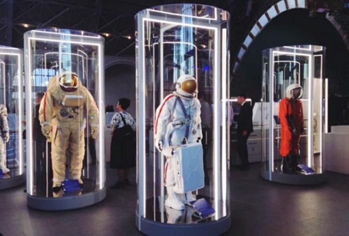 центр Космонавтика и авиация открылся на базе комплекса ВДНХ после ремонта: скафандры