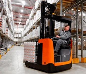 Ричтрак — это складское спецоборудование, предназначенное для эффективного перемещения товаров между областью хранения и погрузочно-разгрузочной зоной
