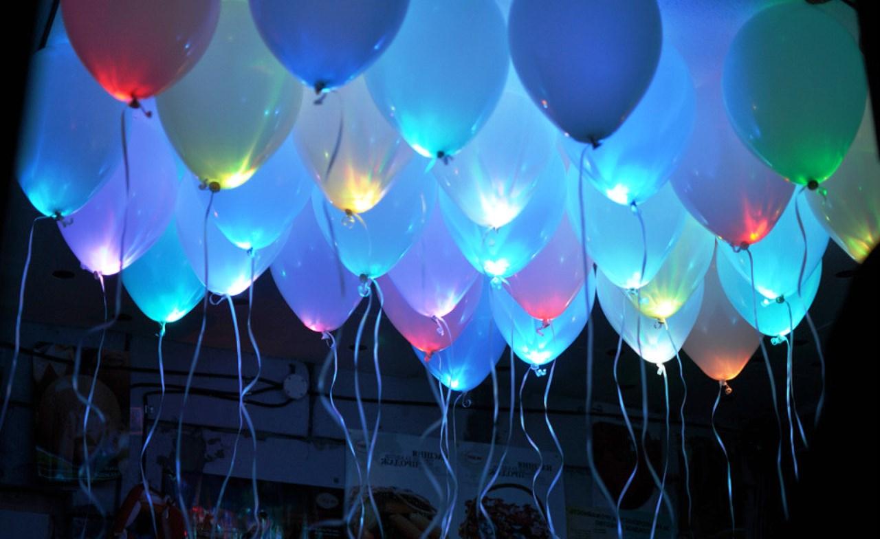 Светящиеся шары - весьма оригинальный инструмент декора и способ поднятия настроения. Изучаем подробности вместе с поставщиком этих осветительных приборов.