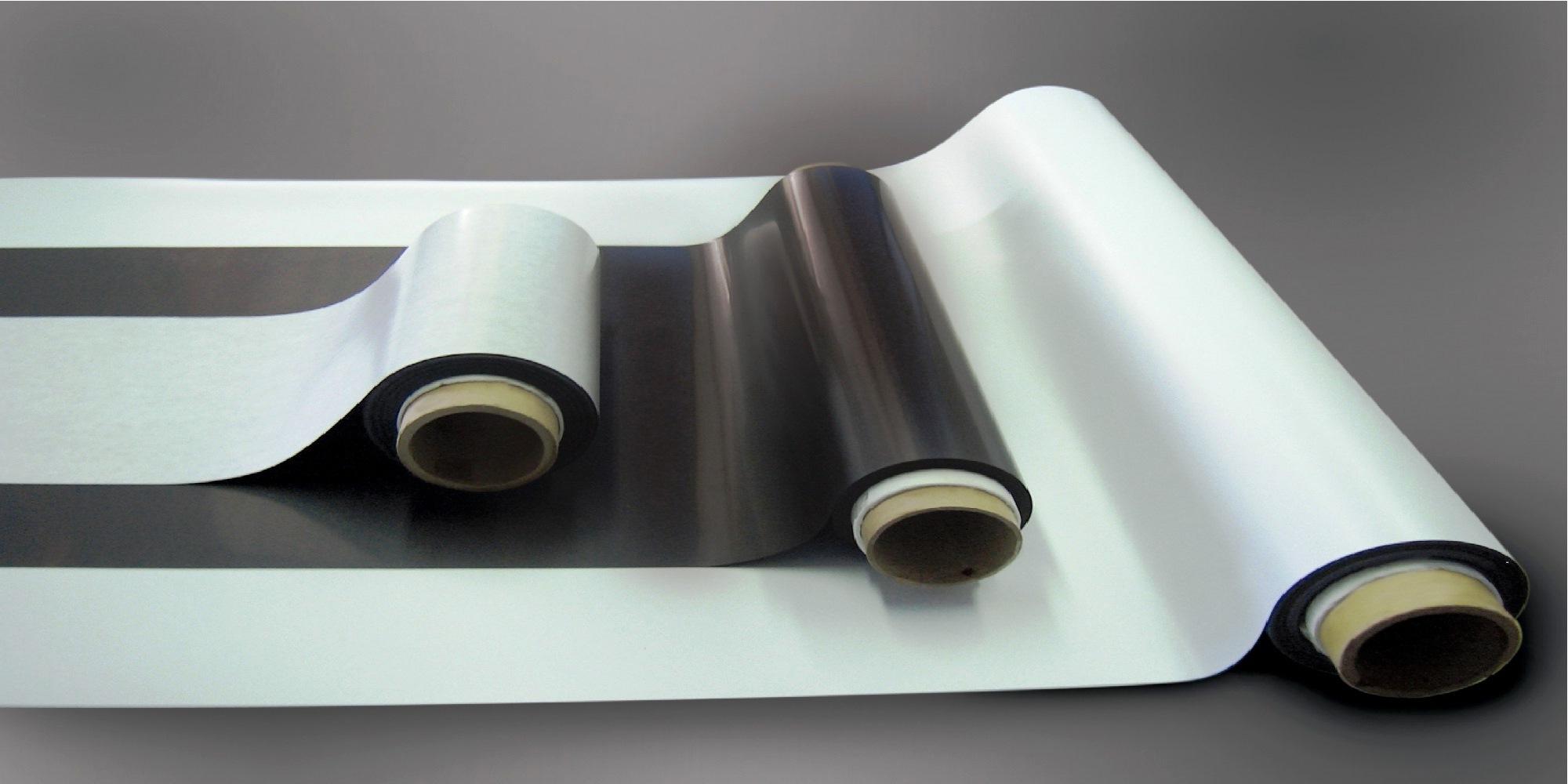 Виды магнитного винила - тема материала, в рамках которого мы подробнее расскажем о магнитном виниле, его свойствах и особенностях использования