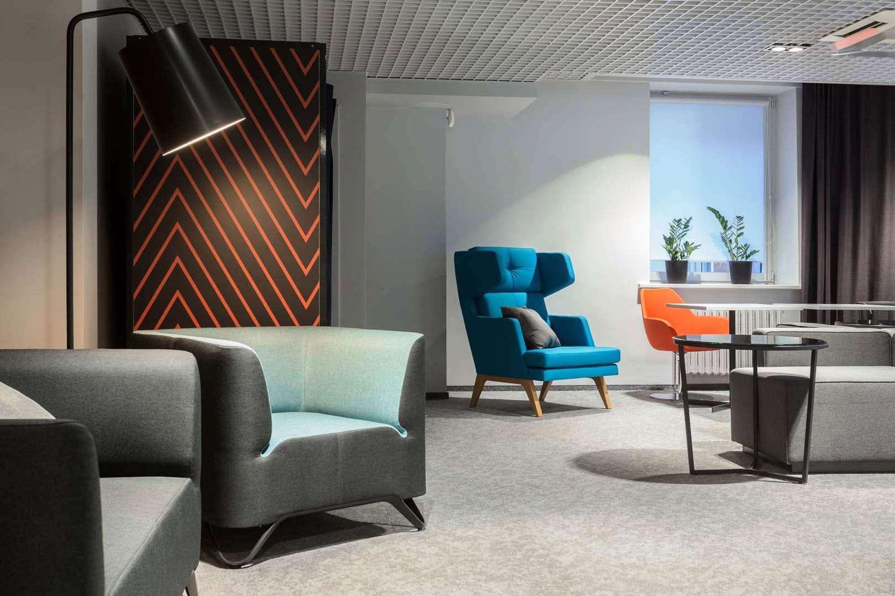 Современный дизайн интерьеров – это целый комплекс мероприятий и работ, сопровождаемых использованием высокотехнологичного оборудования, но при обязательном творческом участии профессионала своего дела. Офис Epam