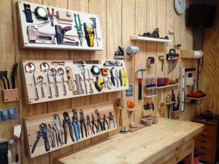 Стандартный набор автомобильных инструментов, который должен быть у каждого владельца гаража. Поясним зачем необходим каждый инструмент.