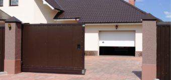 Ликбез: гаражные и уличные ворота (типы и особенности)