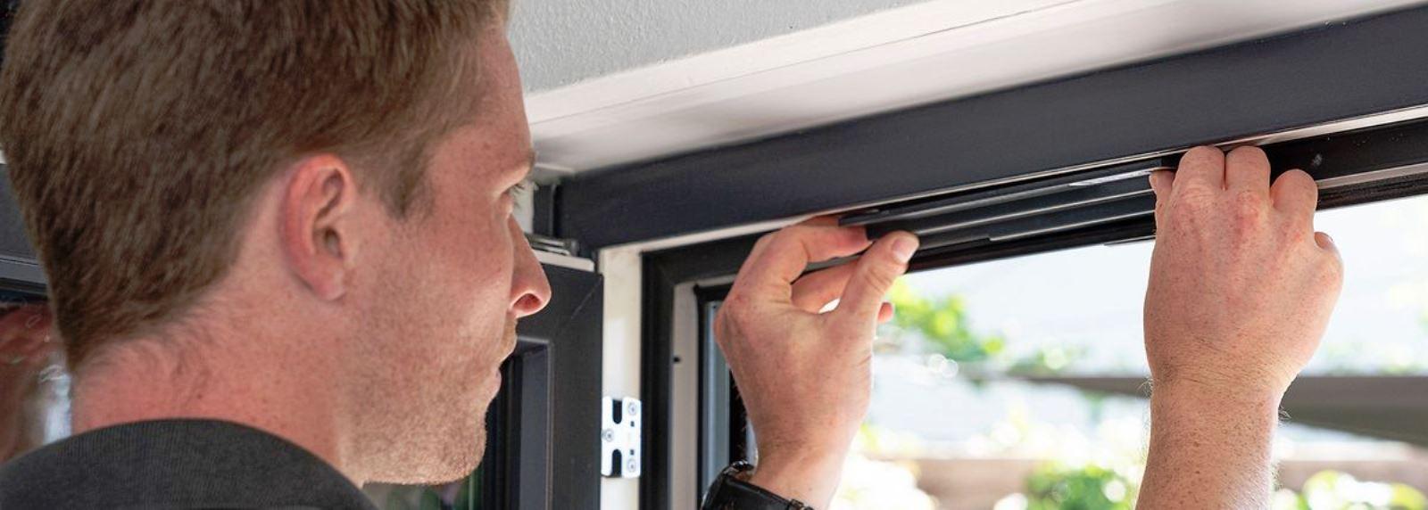 Большой потенциал Rehau Smart Guard После простой установки система Smart Guard полностью настроена и сразу начинает работать в полноценном функциональном объеме, заметно повышая безопасность соответствующего объекта в плане несанкционированных проникновений через окна ПВХ.