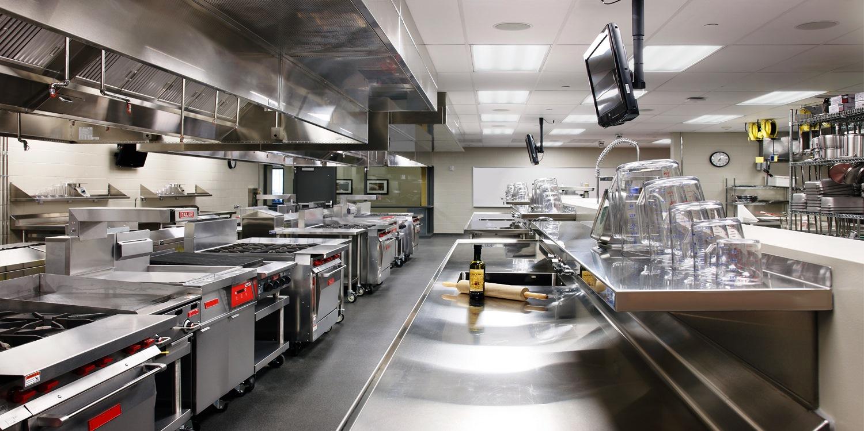 Обустройство ресторана, его особенности и применяемое оборудование, а также ряд нюансов на которые следует обратить свое внимание по мнению специалиста - тема данного материала.