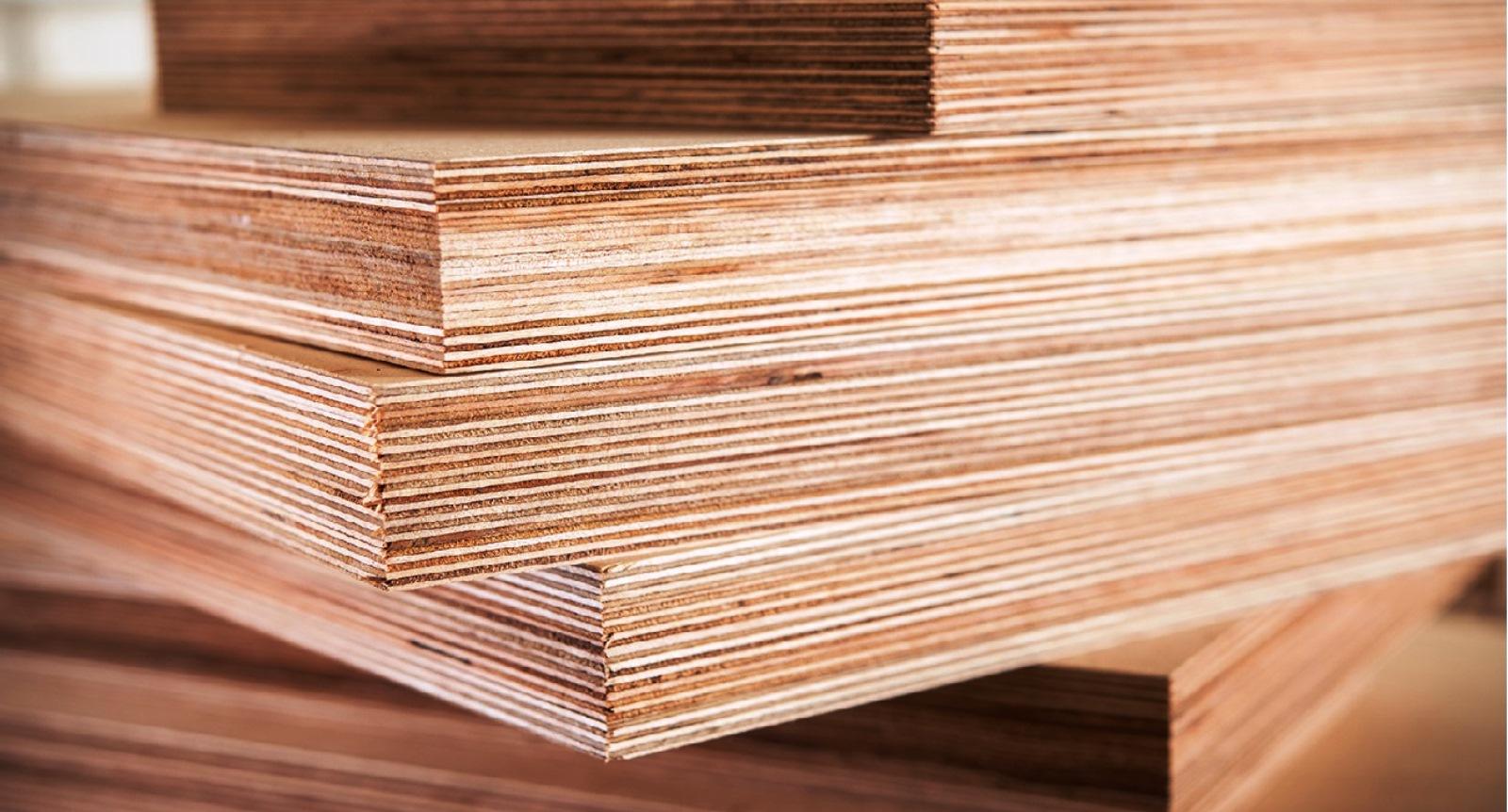Фанера влагостойкая и шлифованные плиты МДФ - тема данного материала в рамках которого мы немного коснемся ключевых особенностей обозначенных строительных материалов на деревянной основе.