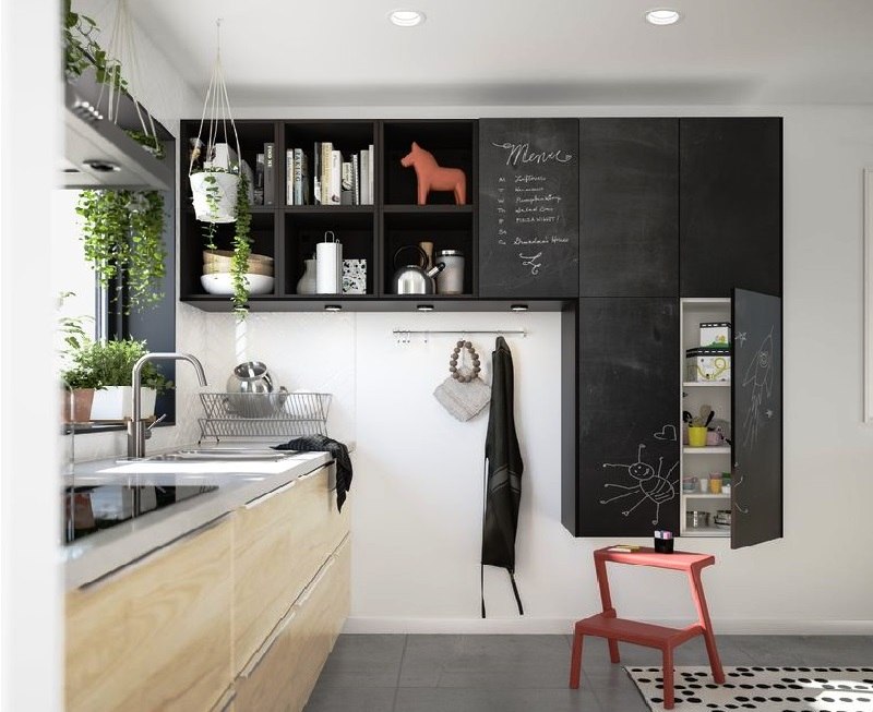 Дизайн кухни: как лучше всего разместить детские предметы на кухне?