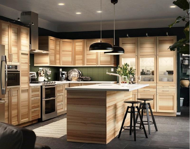 Дизайн кухни: как украсить кухню без окон?