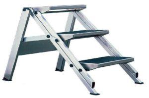 Наша тема сегодня: профессиональные алюминиевые лестницы и особенности их выбора. Своей компетенцией поделились сотрудники одной из профильных компаний
