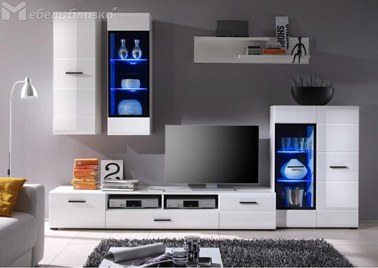 Сейчас поговорим про мебель для гостиной. Тема на самом деле актуальная не только для представителей полимерной индустрии, но и для всех прочих.